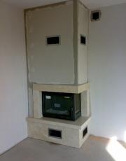 Kominek nowoczesny nr 15 narożny boczna szyba marmur crema marfil z wkładem Turbo Fonte 77 1CV